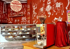 Cafe Namaste : Beans Coffee by Machine